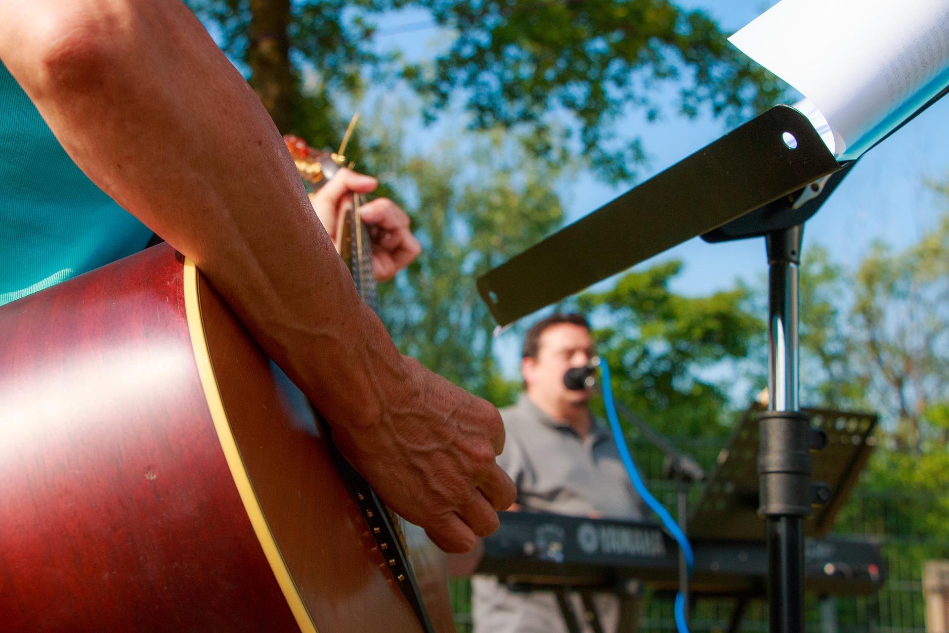 Outdoor concert hampton roads
